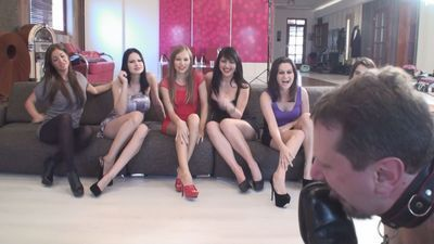 He licks male shoes - 6 girls have fun